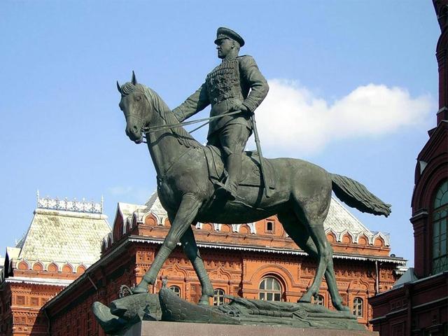 Памятник в москве цена на коне памятники на могилу цена ижевск йошкар ола